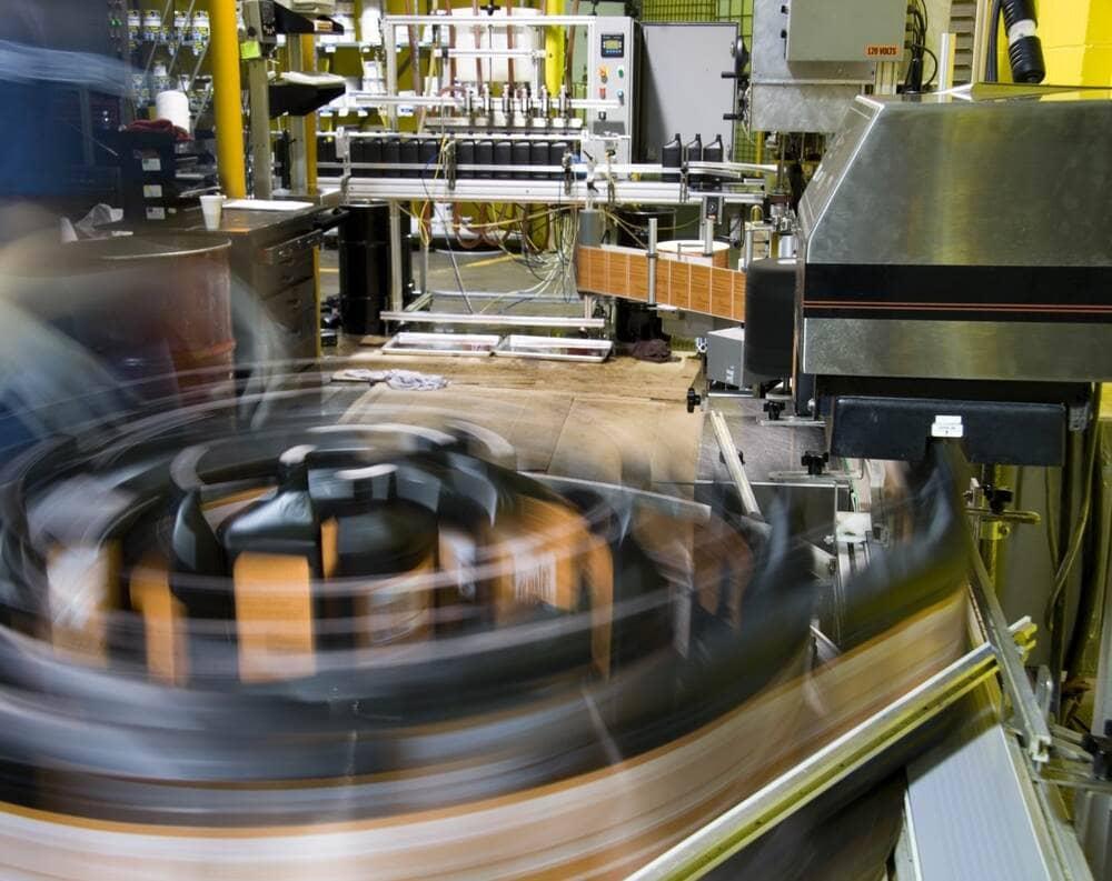 Automação industrial: o que é, benefícios e como implementar